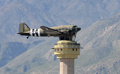 N60154 takeoff (John W Olafson) Tags: n60154 c47 dc3 dakota kpsp warbird