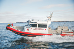 Corpo - Duvetnor-203 (MetalCraft Marine) Tags: interceptor40 westhaven outboards fireboat metalcraftmarine steaming