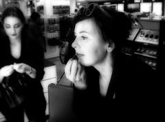 RE-FRESH (PHOTOGRAPHY Toporowski) Tags: schärfentiefe bw makeup contrast vintage aussehen gesicht sw schminke face city attraktivität portrait schatten schwarz körperflege existinglight bokeh stadt leben sehen geschäft personen kontrast schönheit augen schön pflege schwarzweis shadow kosmetik mädchen eschweiler nrwnordrheinwestfalen deutschland deu