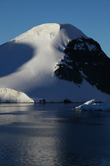 IMG_6858 (y.awanohara) Tags: cuvervilleisland cuverville antarctica antarcticpeninsula icebergs glaciers blue january2019