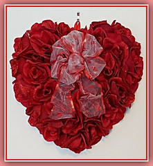 Roses Are Red... (bigbrowneyez) Tags: heart valentinesday sweet cuore beautiful roses gorgeous fabulous lovely rosesarered celebration festive flickrvalentine romantic pretty ribbon bow special fun valentino sweetheart bemine love amore amour striking stunning