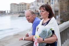 Mum & Dad - Cefalu 2018 (Stefan Waldeck) Tags: man woman cupple beach buildings houses windows water waves cefalu italy 2018 netzki stefanwaldeck stefan waldeck
