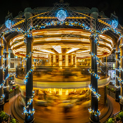 double decker (Blende1.8) Tags: carousel karussell night nightshot motion bewegung bewegungsunschärfe roundabout merrygoround nostalgisch nostalgic phantasialand nighscape colours colour colourful color colorful colors light lights licht motionblur a7rii ilce7rm2 a7rm2 sel1224g 1224mm sony alpha emount abend evening square symmetry symmetrie