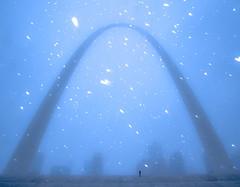 St. Louis Gateway Arch (3) (Michael Shoop) Tags: michaelshoop stlouis saintlouis missouri usa canon canon7dmarkii stlouisarch arch gatewayarch jeffersonnationalexpansionmemorial architecture winter snow