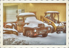 Snow Cat (* Gemini-6 *) Tags: tractor truck transportation international pickup snow winter decay rust patina framed hdr vintage hss