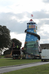 Helter Skelter at Carnival at Rochester Castle (littlefenwick) Tags: rochester kent england rochestercastle castle carnival