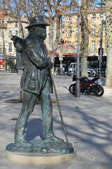 Cézanne (RarOiseau) Tags: ville place sculpture aixenprovence paca bouchesdurhône saariysqualitypictures