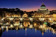 Roma - Vatikan mit Petersdom Twilight (monte-leone) Tags: roma rom italy italien italia panorama skyline night bei nacht notte amalfi matera