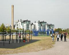 Helsinki (Pa Tea) Tags: helsinki finland jogging joga people urban yoga chimney exercise outdoor finlandia ludzie august sierpien 2018 nikon nikond200 d200