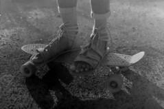 Skate shoes (ontimanyeneng440) Tags: pentax pentaxmz30 kentmere100 filmphotography film 35mm monochrome blackandwhite