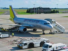 IMG_1430L (lutz_Wz) Tags: schönefeld flughafen germanwings berlin deutschland