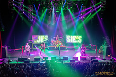 011119_JessiesGirl_21 (capitoltheatre) Tags: capitoltheatre deewiz housephotographer jessiesgirl thecap thecapitoltheatre 1980s 1980 djdeewiz portchester portchesterny live livemusic coverband