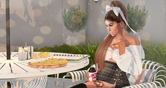 Afternoon Snacks! (The Domestic Goddess) Tags: applefall chicchica loft aria peaches doux coco moonelixir uber
