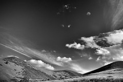 Open Skies! (Never Exceed Speed) Tags: livermorecolorado blackandwhite rollinghills hills colorado landscape scenery