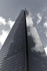 6Q3A8153 (www.ilkkajukarainen.fi) Tags: blackandwhite mustavalkoinen monochrome pilvenpiirtäjä sky skyscraper london visit travel travelling happy life window ikkuna