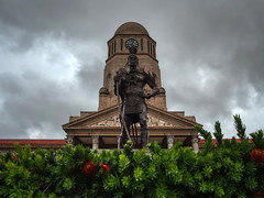 Monument to the leader of a local tribe. Pretoria, South Africa (varfolomeev) Tags: 2019 юар город улица fujifilmxt10 samyang12mm southafrica city street