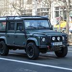 Greece (Livadeia) - Land Rover Defender thumbnail