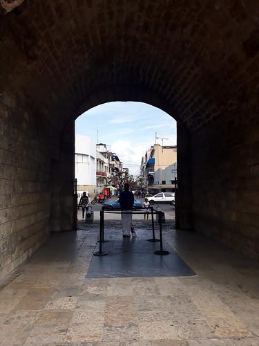 Towards Calle Colon