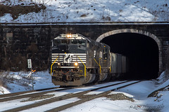 NS EMD SD70ACe #1061 @ Gallitzin, PA (Darryl Rule's Photography) Tags: 2019 altoona amtrak centralpa february ns norfolksouthern pa prr pennsy pennsylvania pittsburghline railroad railroads signalbridge signals snow train trains westslope winter