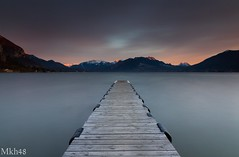 Sur les planches (paul.porral) Tags: landscape water lake lacannecy poselongue longexposure countryside sky flickr ngc outside ciel canon7d sunset annecy ponton