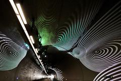 Lyon - Tunnel de la Croix-Rousse. (Gilles Daligand) Tags: lyon rhône tunnel croixrousse lumière arabesques optart psychédélique