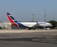 Cubana                                         Ilyushin IL96                               CU-T1251 (Flame1958) Tags: cubana cubanail96 il96 ilyushin96 ilyushin cut1251 havana cuba havanaairport 190219 0219 2019 9899