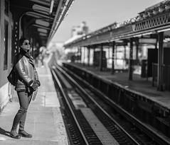 DIDX0672--GF110mmF2 R LM WR--equiv87 mm--1-1500 s à f - 2,0--ISO 200-2 (Did From Mars) Tags: portrait nb noiretblanc blackwhite bw blancoynegro street gare subway nyc ny newyork