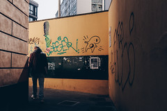 turning point (FButzi) Tags: genova genoa liguria italy italia turning street man walls