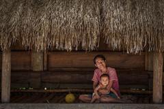Prai Ijing (tehhanlin) Tags: indonesia sumba praiijing praijing wakaibubak sony people portrait portraits women woman baby family places travel desa village ngc