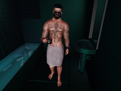 #29 Bathroom (☠ MAD WARBLOOD) Tags: noche tredente pascal mandala hot sexy bathroom pose secondlife towel sunglasses dappa vex bracelet necklace half naked