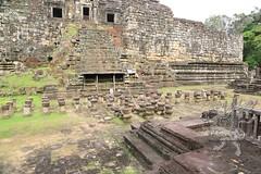 Angkor_Baphuon_2014_25