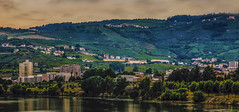 Landscape of Portugal with the houses and Douro river (ost_jean) Tags: longexposure nikon d5300 tamron sp af 1750mm f28 xr di ii vc ld ostjean portugal carneiro viseu landschap paysage