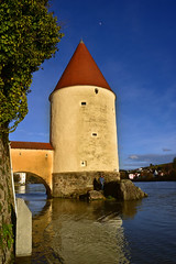 Passau Schaiblingsturm (Pixelkids) Tags: passau turm fluss bayern schaiblingsturm hochwasser inn