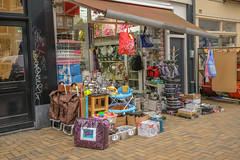 DSCF9332.jpg (amsfrank) Tags: javastraat eastside candid east people shop nourshop shopping nour dutch amsterdam oost