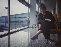 廣州白雲機場 (就是任) Tags: appleiphonese 廣州白雲機場 書 休息 中國 空間