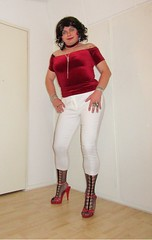 red velvet top and white 7/8 trousers over fishnets in red sandals (Barb78ara) Tags: redtop velvetredtop whitetrousers nylon pantyhose patternedfishnets fishnets stiletto heels stilettoheels highheels stilettosandals sandals choker redchoker