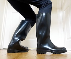 Morning in Nora Anton (essex_mud_explorer) Tags: nora anton noraanton wellies wellingtons wellingtonboots boots welly rubberlaarzen rubberboots rainboots rainwear gummistiefel gumboots bottes stivali