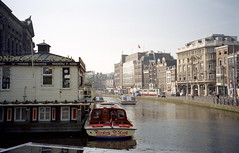 2000-05-18 Amsterdam 2 (beranekp) Tags: netherlands holland amsterdam boat schiff