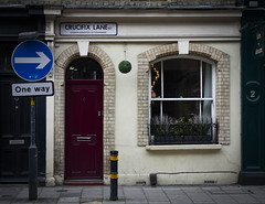 Crucifix Lane (London Less Travelled) Tags: uk unitedkingdom britain england london city urban street bermondsey londonbridge southwark southlondon people sign crucifix lane door house window
