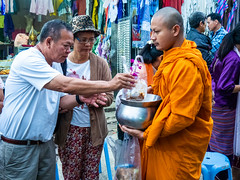 Offering things to monks (Thanathip Moolvong) Tags: monk alm offer merit morning feeling good great buddhist culture mon