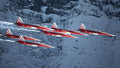 Patrouille Suisse at the Lauberhorn rennen Ski Race 2019 (PH-OTO) Tags: swiss air force patrouille suisse f5e f5 tiger flight demo team lauberhorn fis ski rennen race downhill 2019 mountains snow aircraft airline airlines airplane airport avgeek civil military private general aviation aviationdaily aviationgeek avporn canon eos fighter fighterjet fly helicopter jet photo photography photos pilot plane planespotting sky spotting eiger monch jungfrau grindelwald wengen wintersport
