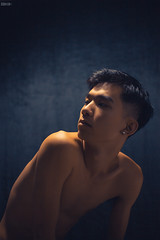 Ngh deep 3 (Wood Oliver) Tags: digital canon eos5dii indoor 50mm18 stm studio lighting body eye