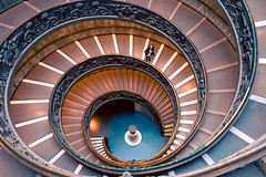 Scalinata del Bramante (MaitreyaQ) Tags: rosso roma italia it stairs colors steps vatican museum