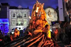 Les Flottins (joménager) Tags: nikond3 night hautesavoie lesflottins nikonpassion lefabuleuxvillage rhônealpes boisflotté évènementfête evianlesbains nikonafs70200f28 heurebleue nuit sculpture thononlesbains france fr