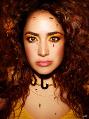 Honey tears (KIKO ALCAZAR PHOTO) Tags: golden gold gente digitalart popart art photo colour surrealista cover ilustración poster eye retrato yellow fashion blue pink kikoalcazar bee honey actress