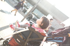 風を吹け (atacamaki) Tags: xt2 23mm f14 xf fujifilm jpeg撮って出し atacamaki japan tokyo ueno people baby girl nofilter 日本 東京 上野