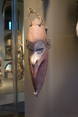 Tall carved New Guinea mask (quinet) Tags: 2017 amsterdam antik netherlands schnitzerei tropenmuseum ancien antique carving museum musée sculpture