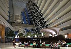 Marina Bay Sands hotel. Singapore (varfolomeev) Tags: 2017 сингапур город ночь singapore city night fujifilmxt10 se небоскрёб skyscraper