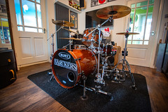 """Mapex Saturn III """"Manhatten"""" in Transparrent Walnut (kevaruka) Tags: mapex saturn mapexsaturn saturniii scymtek scymtekcymbals londondrumstickcompany drums drumkit dw drumworkshop gibraltar stealthrack punk thevarukers kevinfrost canon canoneos5dmk3 canon5dmk3 canonef1635f28mk2 5d3 5diii 5d 5dmk3 flickr frontpage thephotographyblog march winter 2019 colour colours color colors indoor ultrawideangle uwa"""
