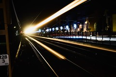 Estació de Rodalies 9 (Xevi V) Tags: trenderodalies elmaresme cabrerademar night nit tren rodalies llum light estacióderodalies renfe isiplou